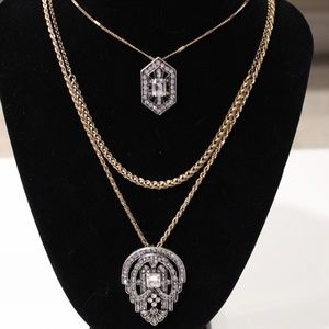 Jewelry - Long multi layer necklace